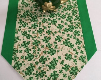 "St Patrick's Day Table Runner 10"" x 36"", 12"" x 40"", 72"" or 84"" / ""Lucky Irish"" /  St Patrick Decor / Shamrock / Ivy Gate Designs"