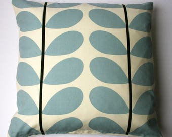 Scandinavian style large stem cushion in blue and cream (cushion pad included)