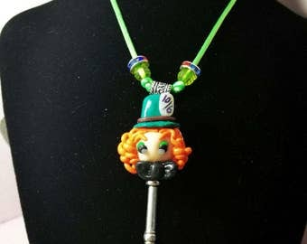 "Necklaces with key ""Alice in wonderland"""