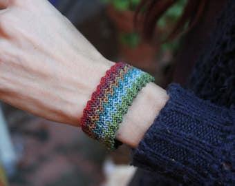 Macrame bracelet. Rainbow. Handmade.