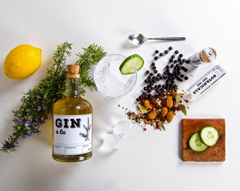 Get your Gin set - create your GIN. With the DIY Gin Kit