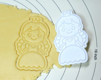 Princess Ann Cookie Cutter and Stamp