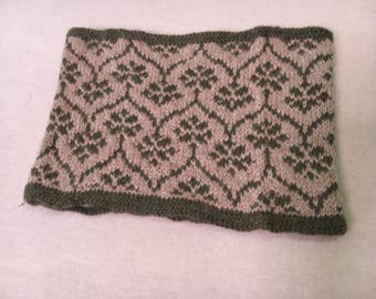 Patterened Cowl
