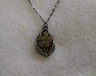 Pewter flower necklace