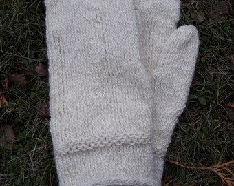 White dubbel knitted glove