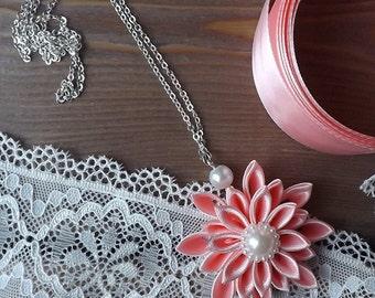 kanzashi flower pendant