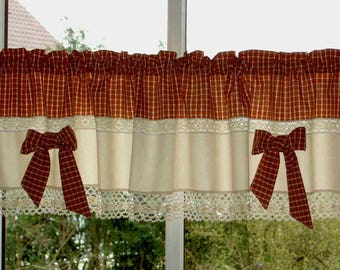 Material mix Bistro curtain with lace and Schlefen