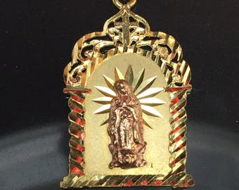 Vintage 10k solid gold Virgin Mary pendent