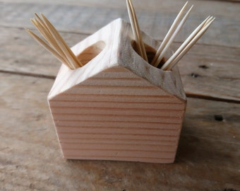 "Toothpick holder ""Cabin"""
