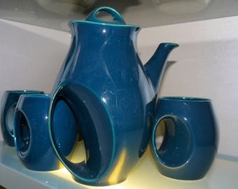 Iconic - a spectacular design from Holkam in Norfolk -  Coffee Pot and 4 mugs