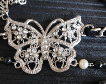 Decorative belt with butterfly