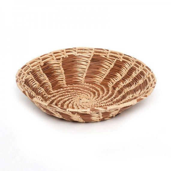 Pine Needle Bowl with Swirl Pattern