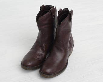 Vintage Brown Leather Cowboy Boots/ Size 38