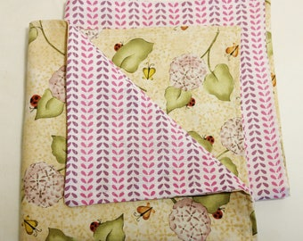 "Scented fabric!  Set of 2 X-Large Reversible Cloth Napkins ""Ladybugs"" Eco-Friendly; hostess; gift for her; bridesmaids gift; teacher gift;"