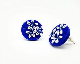 Flower polymer clay earrings, blue round stud earrings with small beads