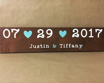 Anniversary date signs