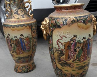Japanese vases with gold and ceramic
