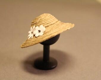 Summer Hat Lady