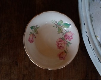 Pretty little rose dish
