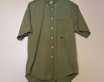 Essential Green Tommy button up