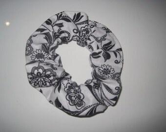 Black/ White Flower Scrunchie
