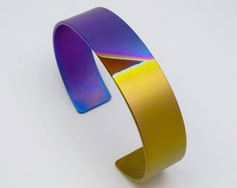Anodized titanium bracelet. Colorfull bracelet.