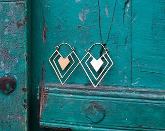 Earrings Brass Geometric Triangle / Boucles d'oreilles geometrique