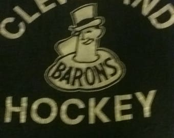 Vintage Clevelnd Barons Hockey Shirt size S