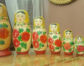 Very old 8 generation russian nesting dolls