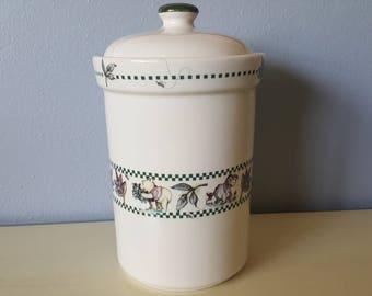 """Disney Vintage """"Winnie the Poo"""" cookie jar. Beautiful!"""