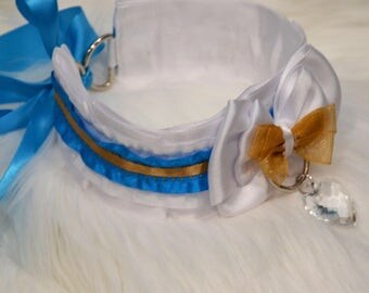 BDSM/DDLG/Kitten Play Collar // White/Blue/Gold Collar with Heart Shaped Crystal Pendant