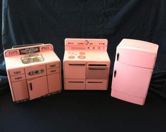 1960s vintage toy Wolverine Kitchen and Laundry Appliances
