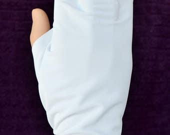 Hand Shade. UPF50 Sun Protection
