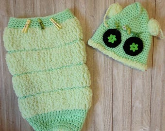 Crochet newborn cocoon, baby clothes, Cocoon with matching hat, Worm cocoon with worm hat