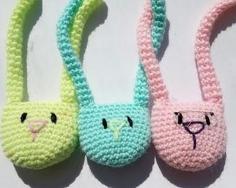Sweet bunnies brooch, cute brooch, animal broch, crochet brooch, bunny lover