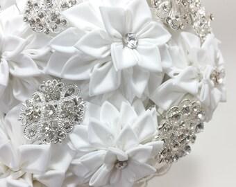 """Japan Traditional Craft """"TSUMAMIZAIKU"""" Dahlia Wedding Brooch Bouquet 日本伝統工芸・つまみ細工ダリアブーケBBT003"""