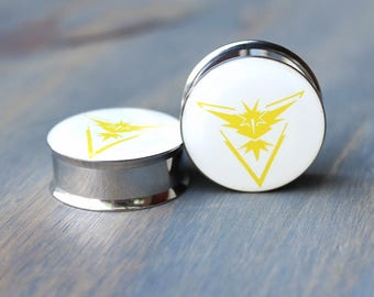 Team Instinct Pokemon Plugs -2g - 0g - 00g - 1/2 - 9/16 - 5/8 - 18mm - 3/4 - 7/8 - 1 inch