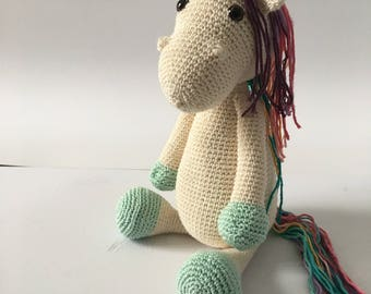 Little Unicorn amigurumi