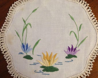 Vintage hand embroidered craft doily, 22 cm round, water lilies