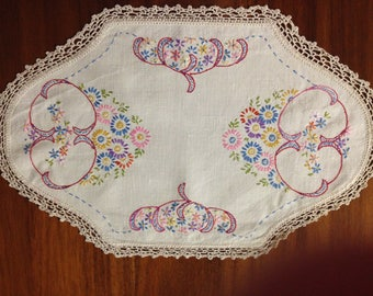 Vintage hand embroidered centrepiece doily, 45 x 28 cm, colourful lazy daisies and scallops