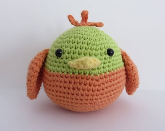 Crochet green and orange bird
