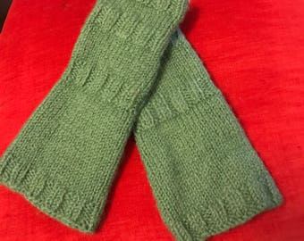 Civil War 1860s Lady's Knitted Sleeves - Medium