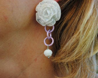 Earring with white rose and blue hues very light pink and white stone chain resin