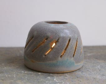 Ceramic tea light lantern