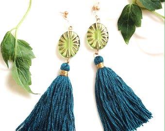 Crystal earring tassels, green tassel earrings, Bohemian earrings, gift ideas for her, green tassel earrings, green tassel earrings, green earrings,