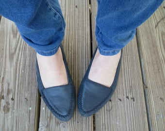 Prima Royale Navy Blue Flats Slip On Pointed Toe Leather Loafers - Size 7.5
