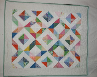 1/2 square triangle spring quilt