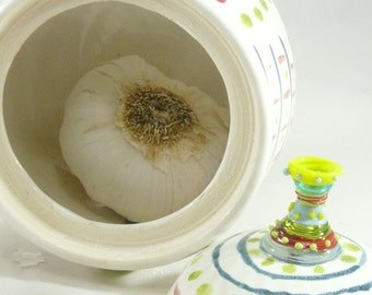 Ceramic Garlic Keeper / Pottery Storage Jar - holds 2-3 large garlic bulbs / hostess thank you /  Gift for chef or cook 688