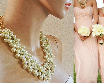 Bridesmaid Pearl Necklace Chunky Pearl Necklace Gold Bridal Necklace Wedding Jewelry Statement Cream Pearl Necklace Set of 4 5 Custom