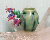 Miniature Art Vase in Yellow Porcelain with carved Abstract Flowers and Fuchsia Dollhouse Floral in 1:12 Scale